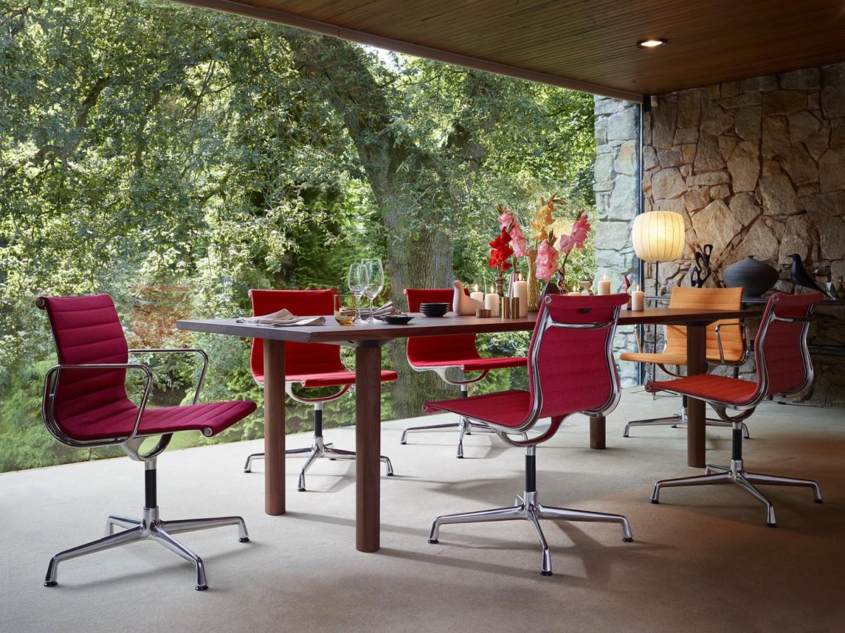 Vitra design meubel collectie matser wageningen for Mornata milano