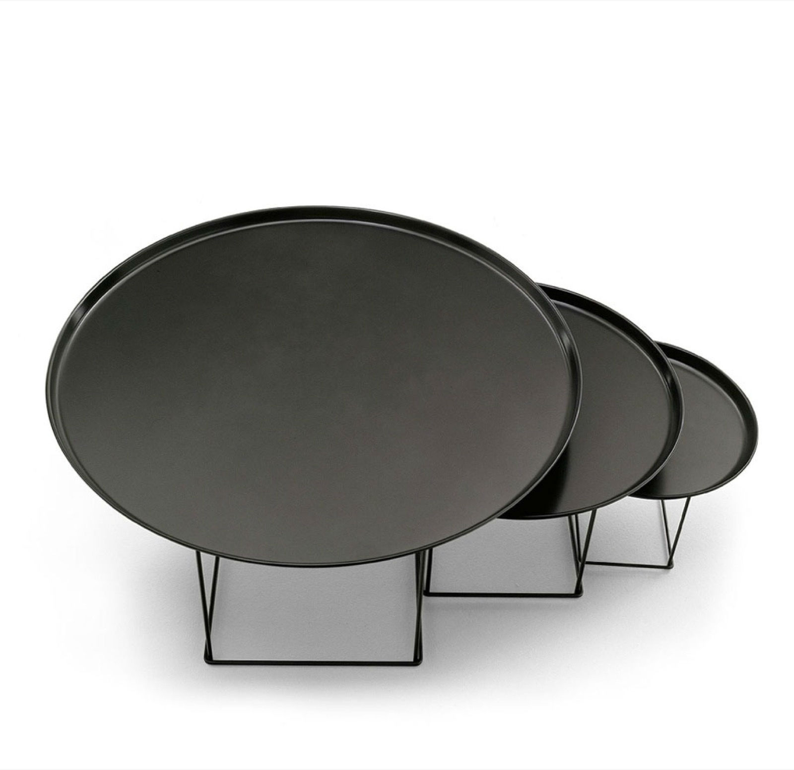 b b italia fat fat salontafel matser wageningen. Black Bedroom Furniture Sets. Home Design Ideas